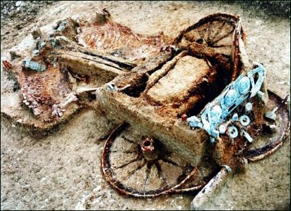 Δοξιπάρα - Ταφικός τύμβος - Άμαξα